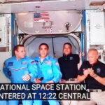 Hai phi hành gia Crew Dragon vào Trạm Không gian ISS