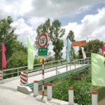 """Grab và cộng đồng xây xong cây cầu """"Xây cầu đến lớp"""" thứ 3 ở Tiền Giang"""