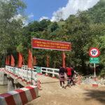 Grab khánh thành 2 cầu đập tràn vùng cao Hà Giang
