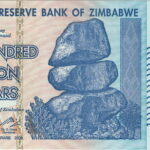 Cũng tỷ phú, nhưng là tỷ phú Zimbabwe