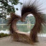 """""""Trái tim xù lông"""" bên bờ Hồ Gươm Hà Nội"""